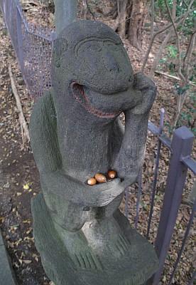 浅間神社の猿