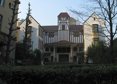 坪内博士記念演劇博物館