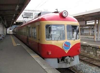 長野電鉄2000系電車