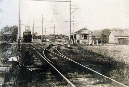 二俣町駅舎とホーム