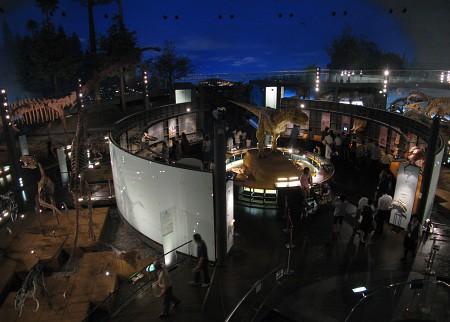 県立恐竜博物館 「恐竜の世界」ゾーン