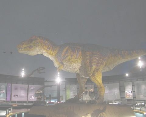 ぐりぐり写真:福井県立恐竜博物館 「恐竜の世界」ゾーン