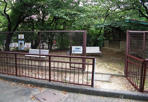 豊橋総合動植物公園:ヒト
