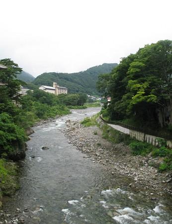 利根川と水上温泉郷