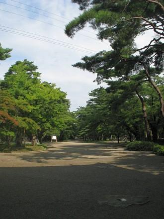 千秋公園 本丸跡