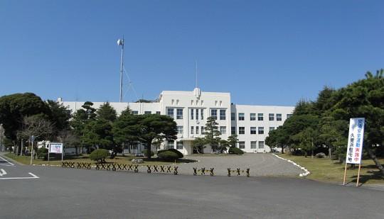 陸上自衛隊通信学校本部庁舎